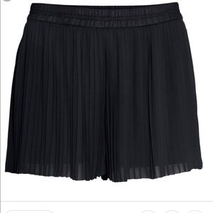 H&M Accordion Style Shorts